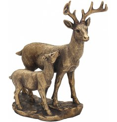 A stunning Deer & Fawn ornament from the Leonardo Bronzed Range