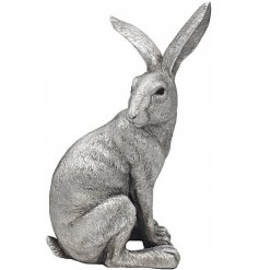 This beautiful silvered posed hare  ornament will look perfect in any home space with a similar coloured setting