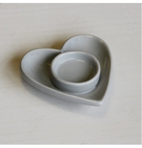 A Beautifully Simple T-Light Holder Dish in Grey Heart Design