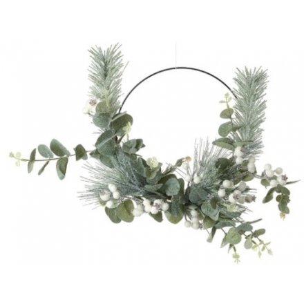 White Berry & Green Leaf Half Wreath, 45cm
