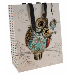 This bag features a patterned owl decal, sure to add a bright and vibrant touch to your gift giving