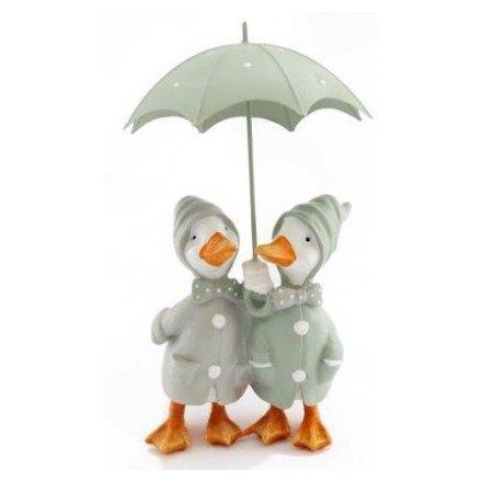 Ducks Couple Under Umbrella, 28.5cm