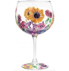 this gin glass will be sure to add some colour to your tipple!