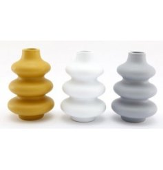 Each set with its own trending colour pallet of block tones, these ribbed vases are sure to bring a stylish edge to any