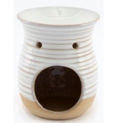 A charmingly simple ceramic oil burner set with a cream ribbed decal and added stone inspired base tone