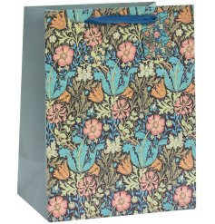 Part of a charming new range of gift and homewares, this gift bag features a beautiful floral decal