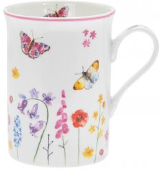 Part of the delightfully themed Butterfly Garden Range, this Fine China Mug is sure to bring a cheery feel to any mornin