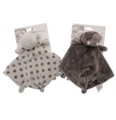 Part of the wonderful Ellie & Raff range, this assortment of soft and cuddly comforters are a must for any new born