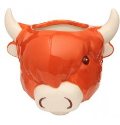 Bring a quirky country charm touch to your home space with this Highland Cow Wall Planter