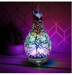This Aroma Lamp is decorated with a delightful 3D paisley inspired decal