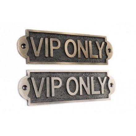 Iron VIP Plaques, 17cm