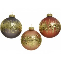 Simple yet beautiful decorations to tie in with any Christmas Tree display this year
