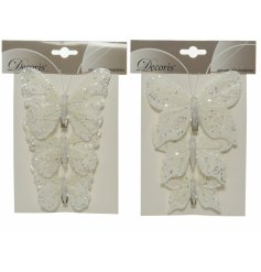 Beautifully simple yet chic accessories to add to your home or tree display at Christmas time