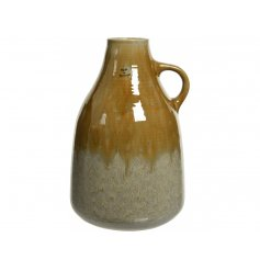 Bring a trending colour and theme to any home space with this structured vase in a sand and mustard tones