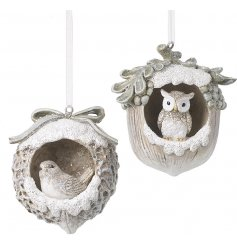 An adorable mix of traditional inspired hanging tree decorations
