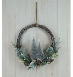 this wreath is perfect for any front door at Christmas