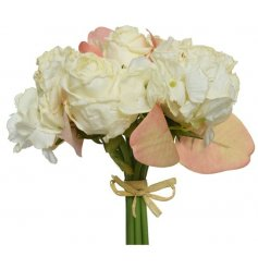 A lovely bouquet of roses, these would look lovely in a vase.