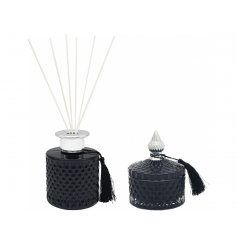 A Luxurious Black Candle and Diffuser Set